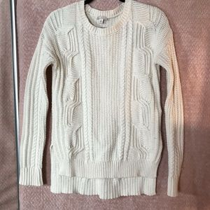 Gap cable knot cream sweater